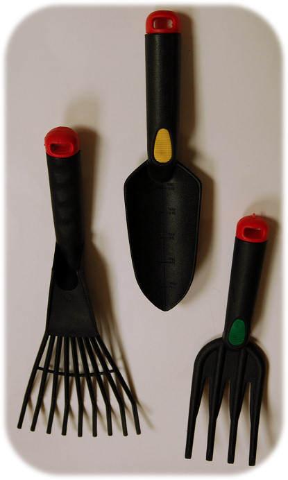 Garden tools for gift baskets shovel rake fork garden for Gardening tools gift basket