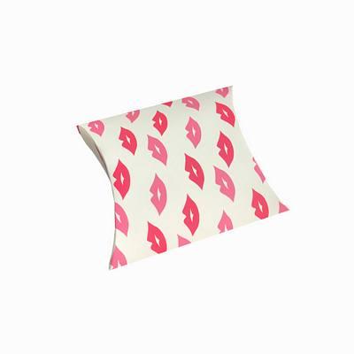 Lips pillow boxes